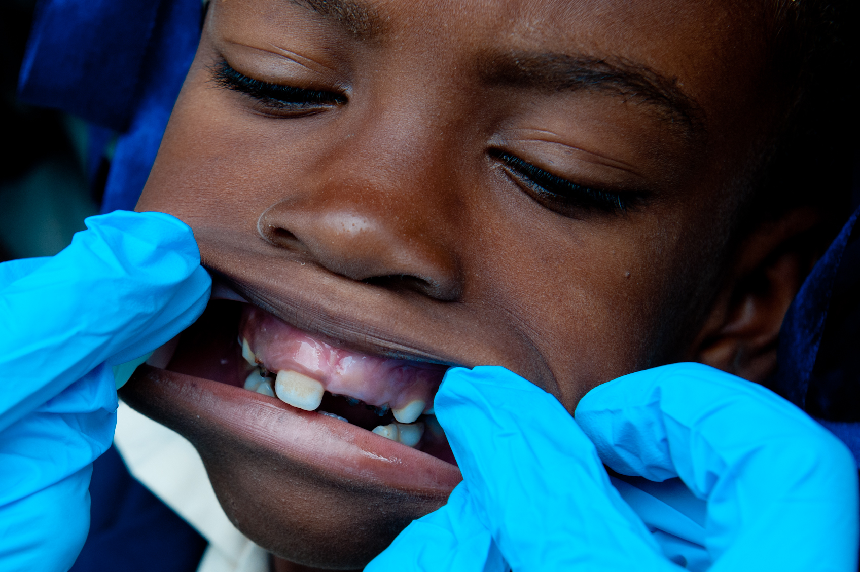 robert_whitman_haitian_dentistry_outreach_14